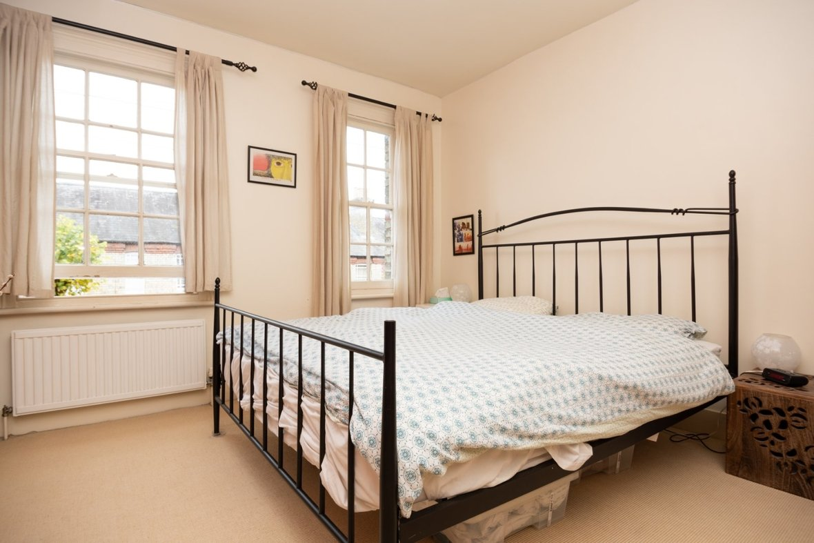 2 Bedroom House For Sale in Oster Street, St. Albans, Hertfordshire - View 11 - Collinson Hall