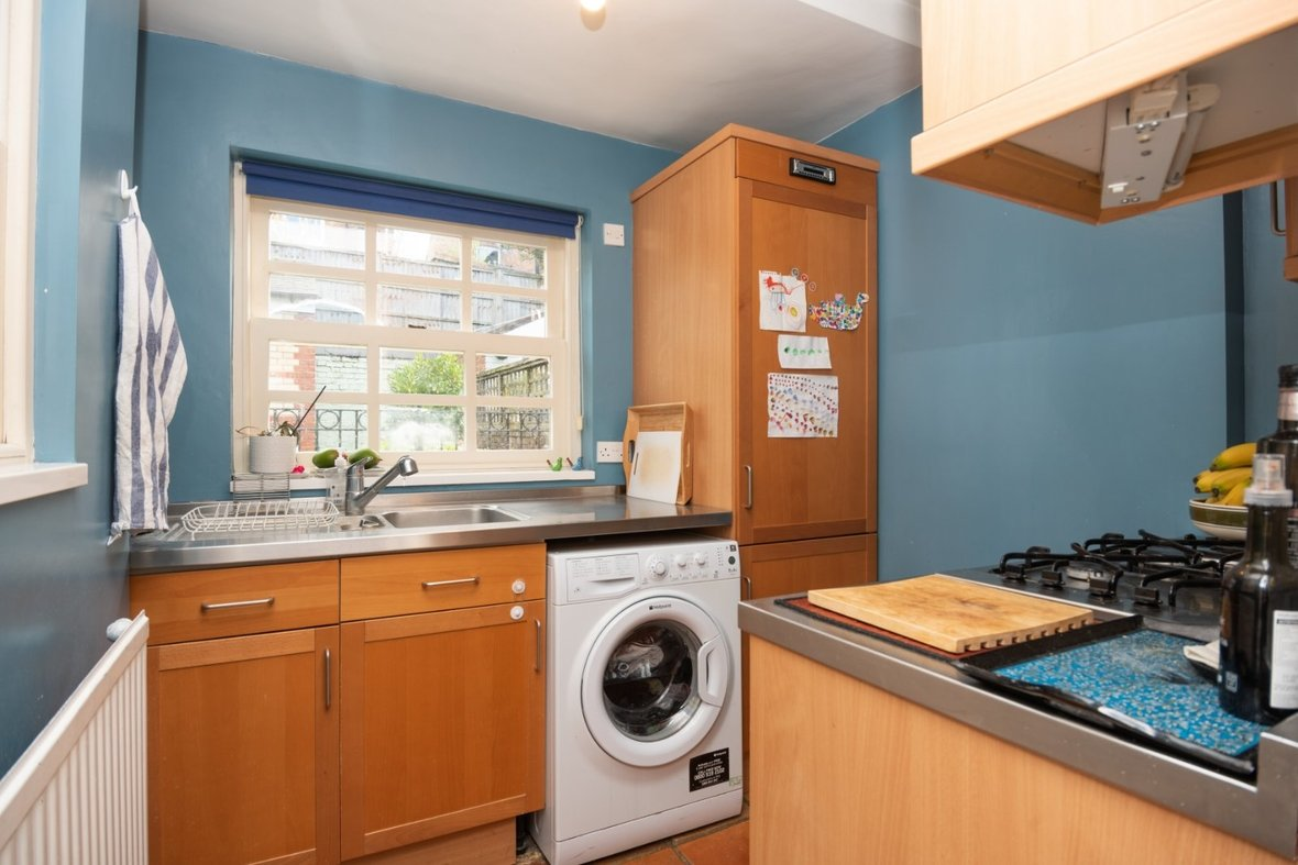 2 Bedroom House For Sale in Oster Street, St. Albans, Hertfordshire - View 7 - Collinson Hall