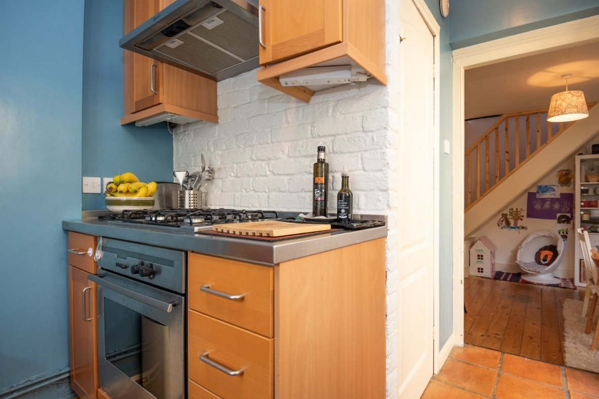 2 Bedroom House For Sale in Oster Street, St. Albans, Hertfordshire - View 8 - Collinson Hall