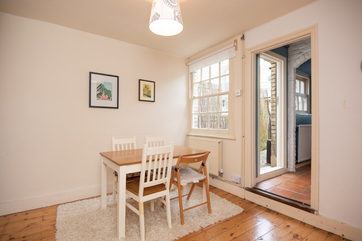 2 Bedroom House For Sale in Oster Street, St. Albans, Hertfordshire - View 6 - Collinson Hall