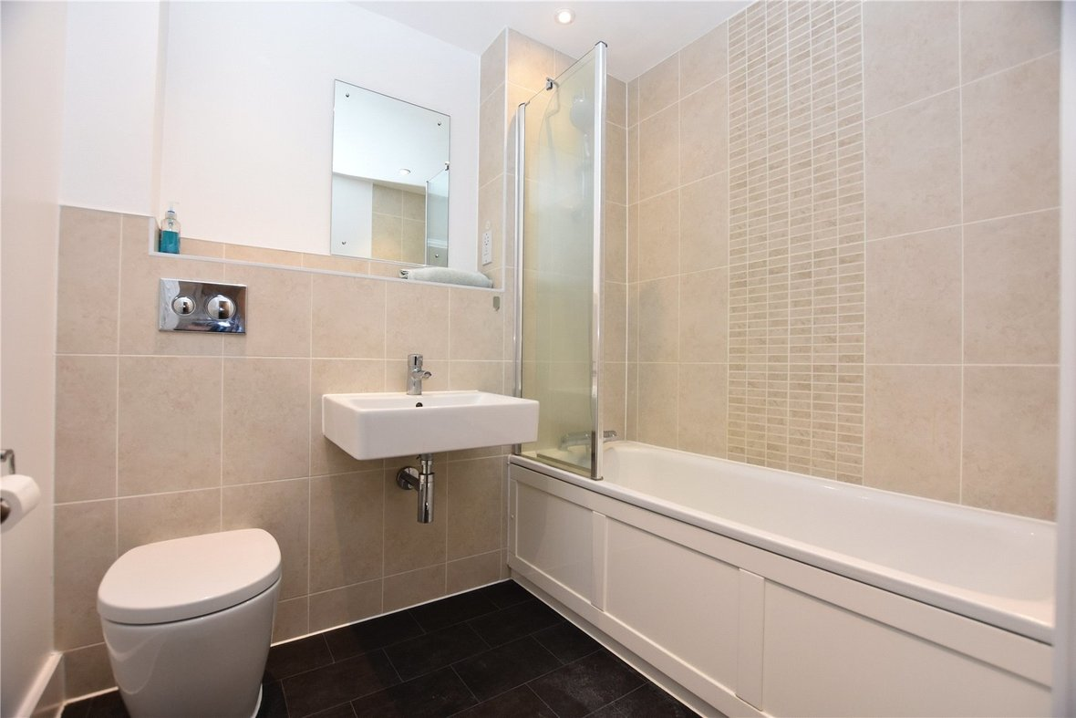 2 Bedroom Apartment Under Offer in Charrington Place, St. Albans, Hertfordshire - View 4 - Collinson Hall