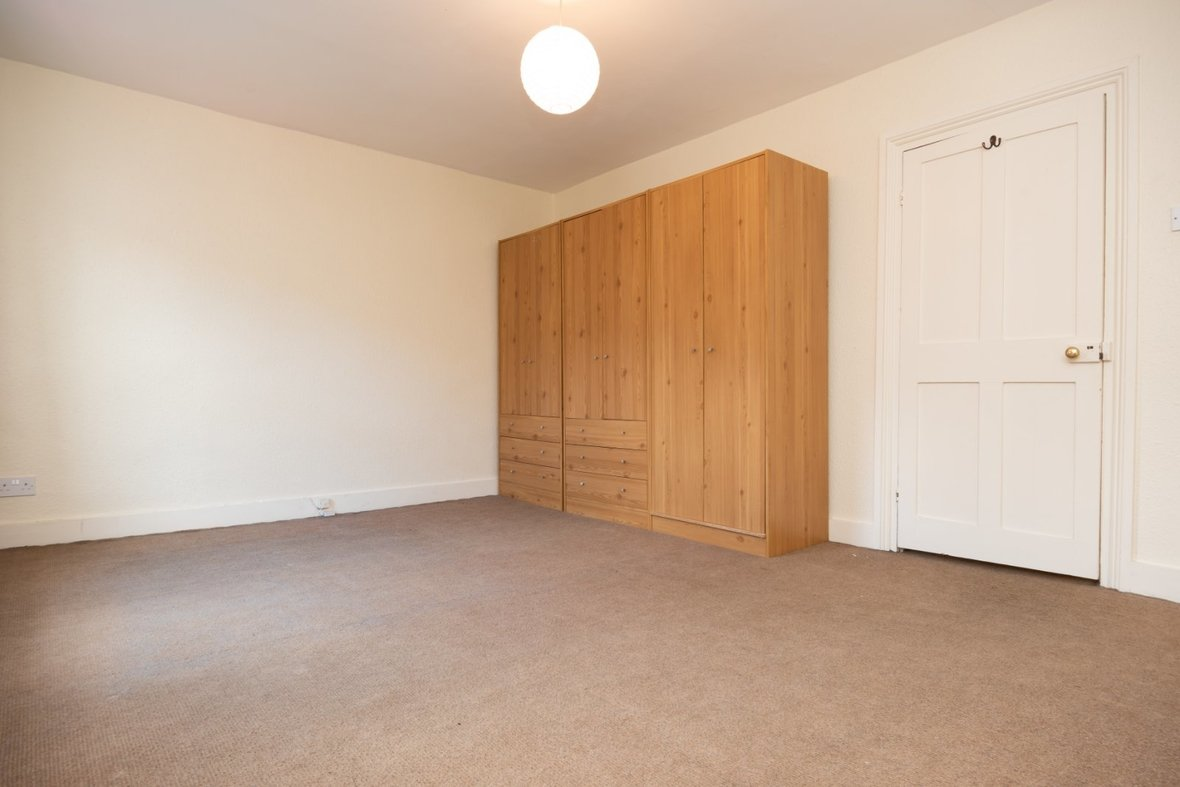 2 Bedroom House Sold Subject To Contract in Inkerman Road, St. Albans - View 11 - Collinson Hall