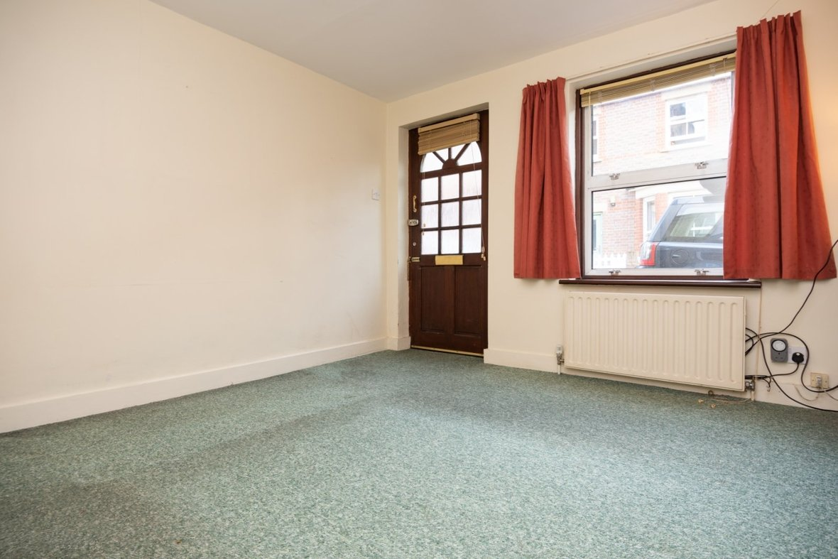 2 Bedroom House Sold Subject To Contract in Inkerman Road, St. Albans - View 4 - Collinson Hall