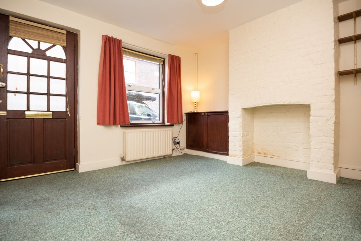 2 Bedroom House Sold Subject To Contract in Inkerman Road, St. Albans - View 3 - Collinson Hall