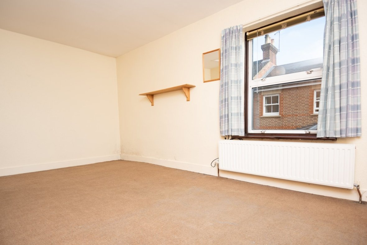 2 Bedroom House Sold Subject To Contract in Inkerman Road, St. Albans - View 14 - Collinson Hall