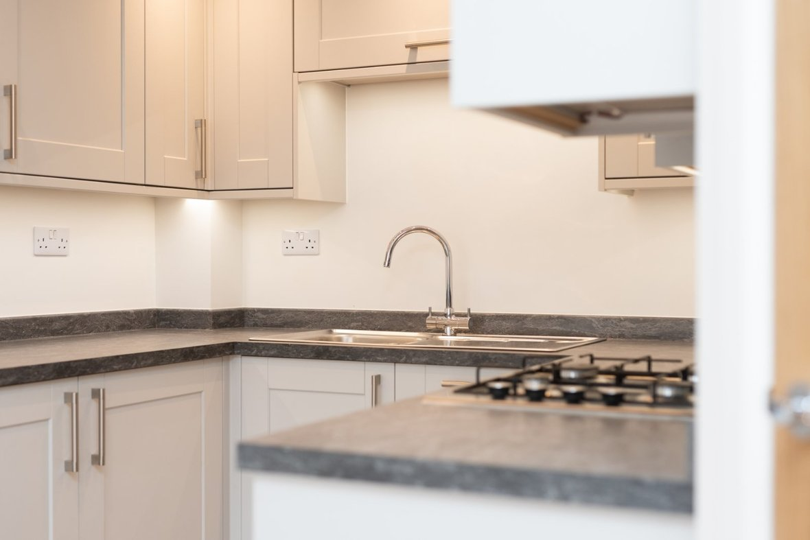 2 Bedroom Apartment For Sale in Ashfield Court, 102 Ashley Road, St. Albans - View 8 - Collinson Hall