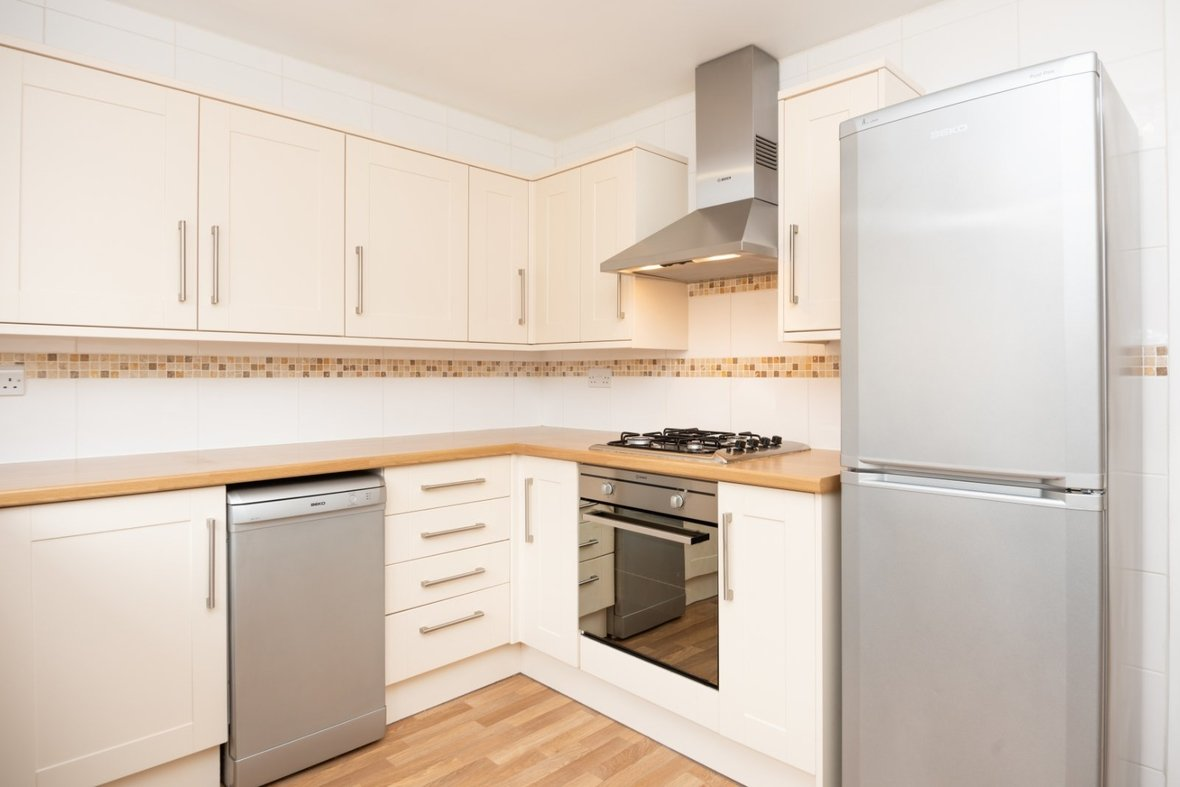 2 Bedroom House For Sale in Inkerman Road, St. Albans, Hertfordshire - View 5 - Collinson Hall