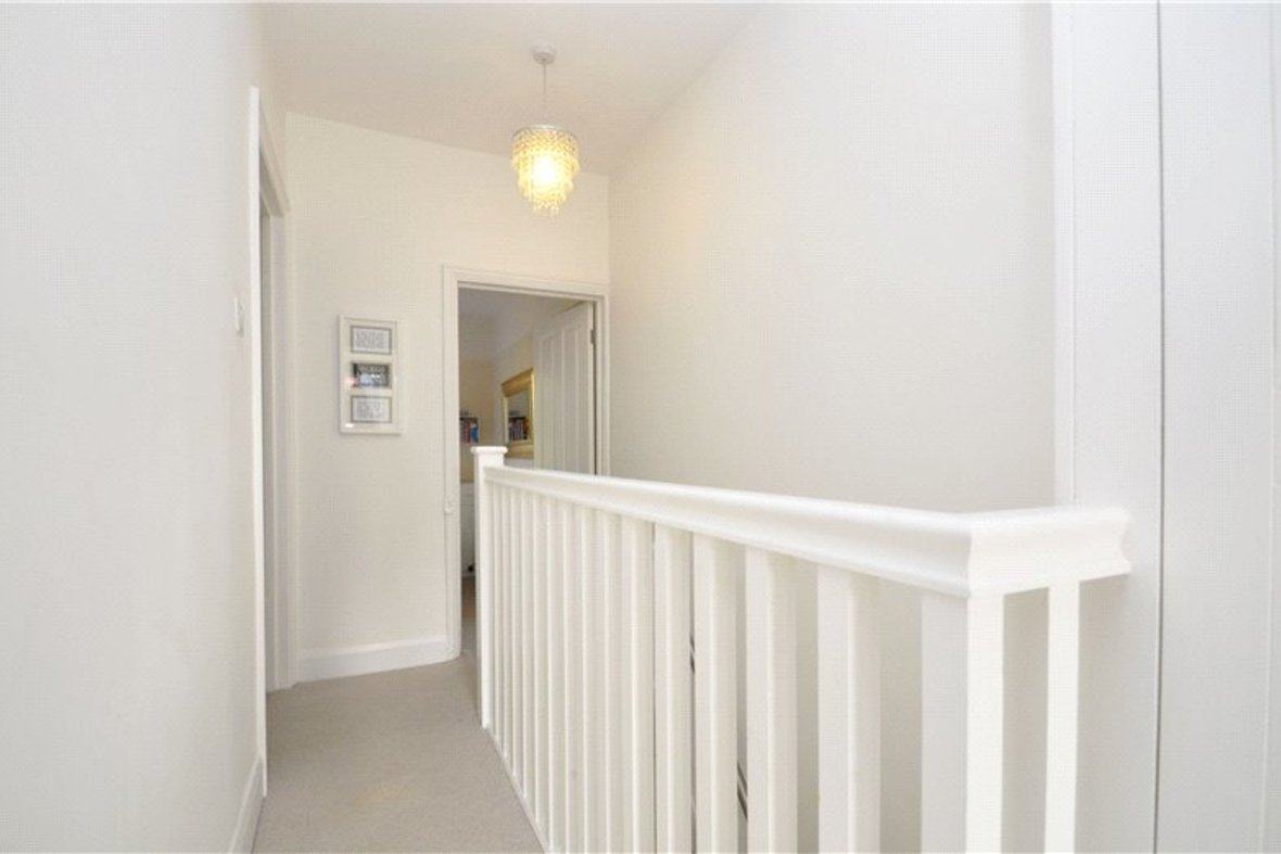 3 Bedrooms House For Sale in Kimberley Road, St. Albans, Hertfordshire - View 7 - Collinson Hall
