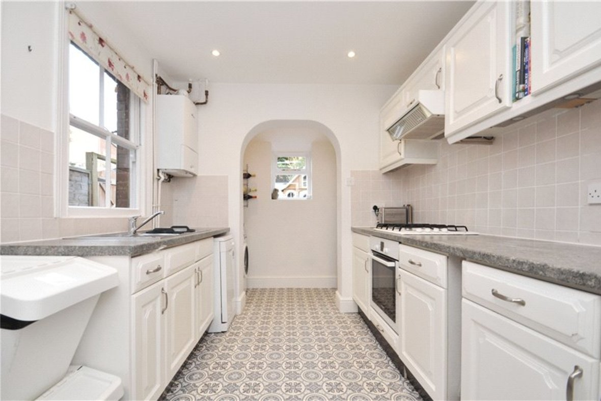 3 Bedrooms House For Sale in Kimberley Road, St. Albans, Hertfordshire - View 6 - Collinson Hall
