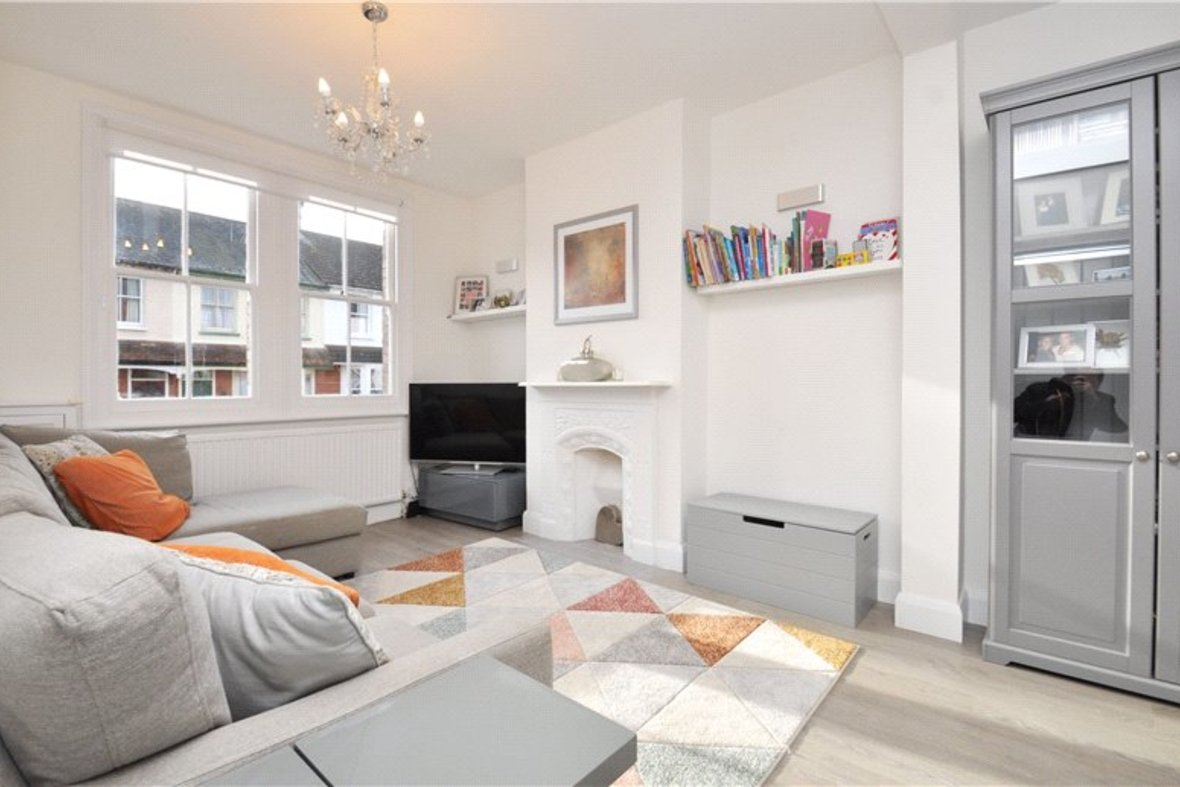 3 Bedrooms House For Sale in Kimberley Road, St. Albans, Hertfordshire - View 3 - Collinson Hall