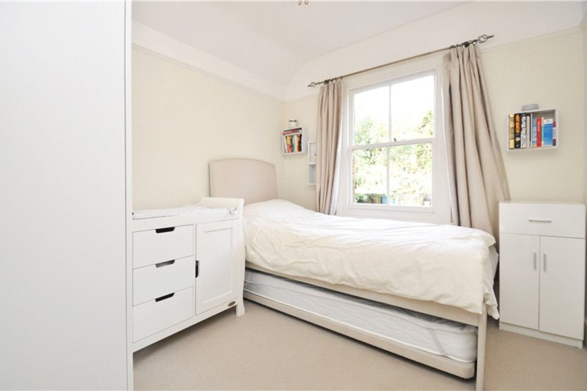 3 Bedrooms House For Sale in Kimberley Road, St. Albans, Hertfordshire - View 8 - Collinson Hall