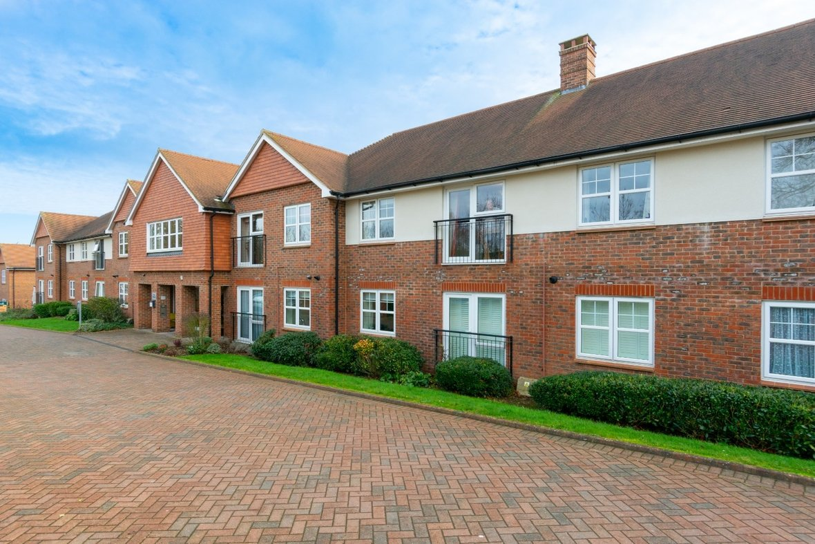 2 Bedroom Apartment Sold Subject To Contract in Wordsworth Close, Kings Park, St. Albans - View 21 - Collinson Hall