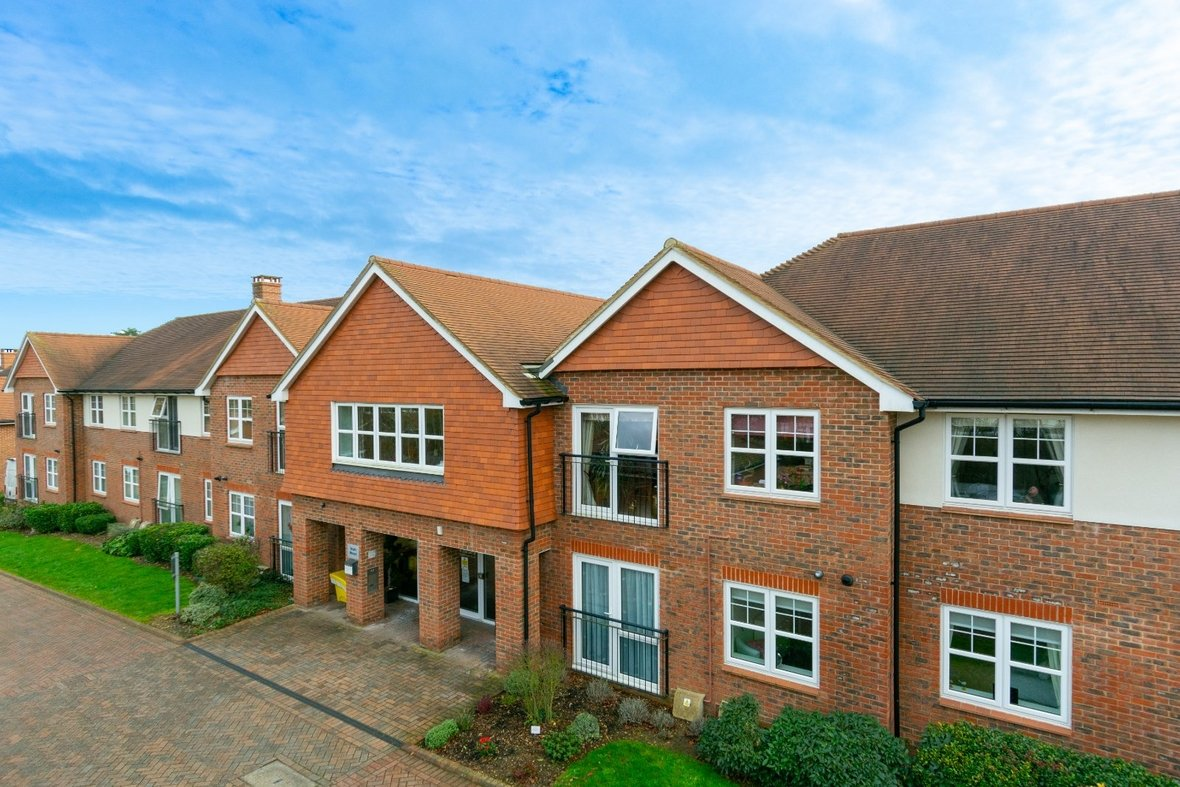 2 Bedroom Apartment Sold Subject To Contract in Wordsworth Close, Kings Park, St. Albans - View 24 - Collinson Hall