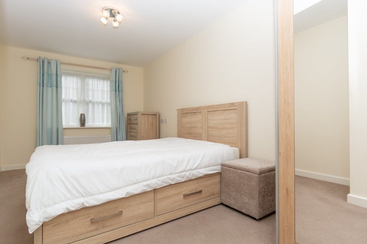 2 Bedroom Apartment Sold Subject To Contract in Wordsworth Close, Kings Park, St. Albans - View 17 - Collinson Hall