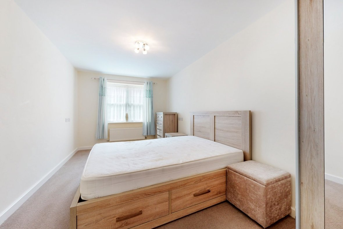 2 Bedroom Apartment Sold Subject To Contract in Wordsworth Close, Kings Park, St. Albans - View 7 - Collinson Hall