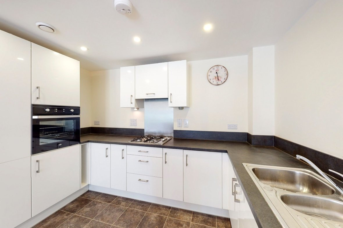 2 Bedroom Apartment Sold Subject To Contract in Wordsworth Close, Kings Park, St. Albans - View 10 - Collinson Hall