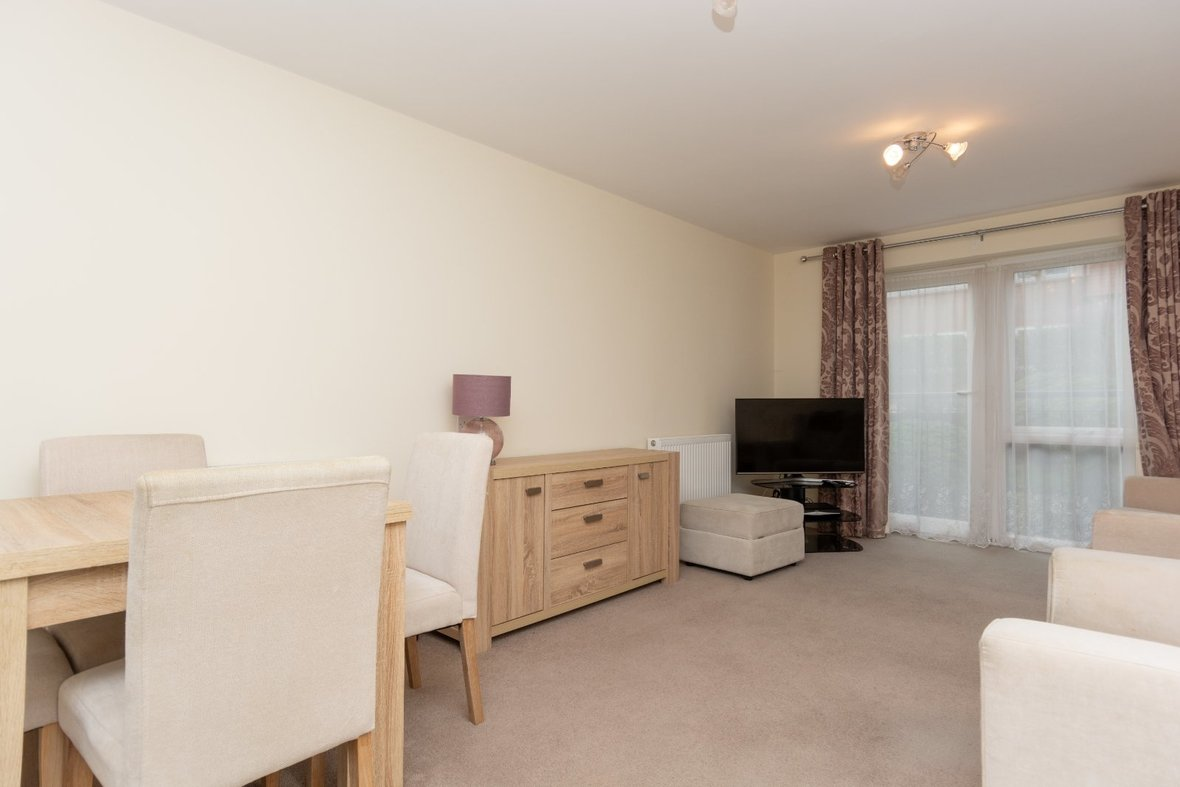 2 Bedroom Apartment Sold Subject To Contract in Wordsworth Close, Kings Park, St. Albans - View 15 - Collinson Hall