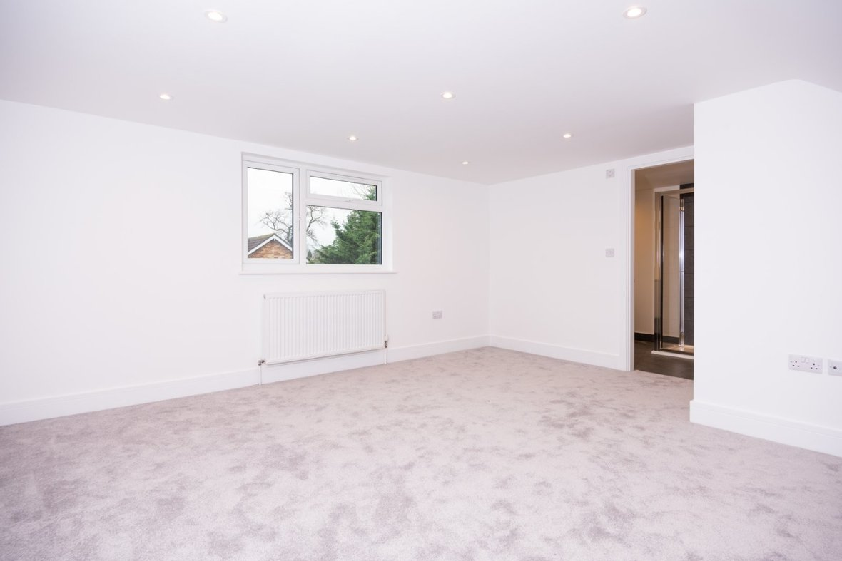 4 Bedroom House Sold Subject To Contract in Hunters Ride, Bricket Wood, St. Albans - View 10 - Collinson Hall