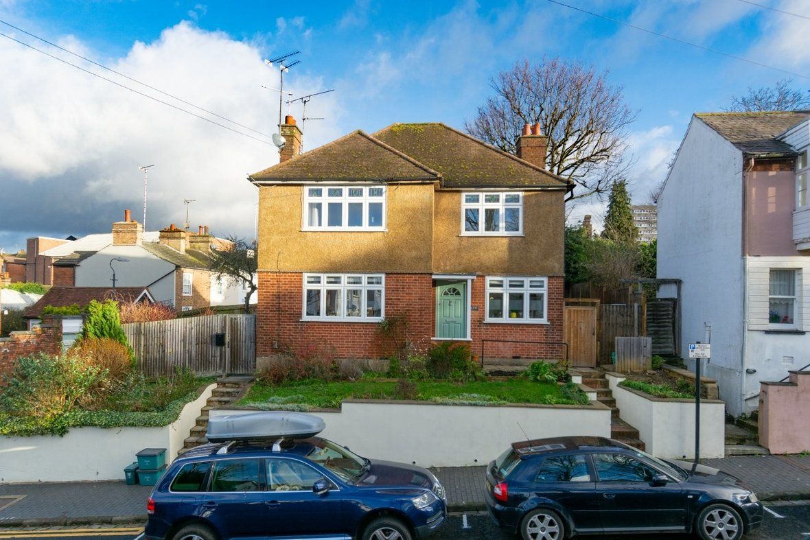 2 Bedroom Maisonette Sold Subject To Contract in Old London Road, St. Albans, Hertfordshire - View 18 - Collinson Hall