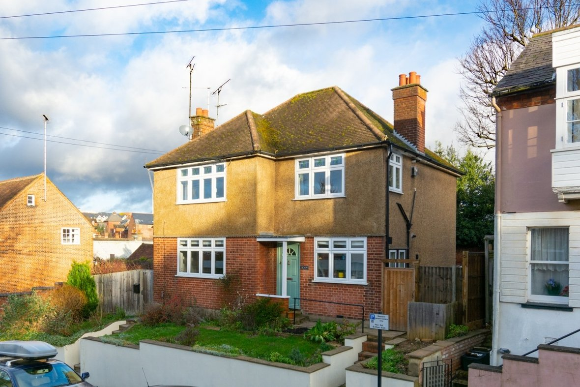 2 Bedroom Maisonette Sold Subject To Contract in Old London Road, St. Albans, Hertfordshire - View 22 - Collinson Hall
