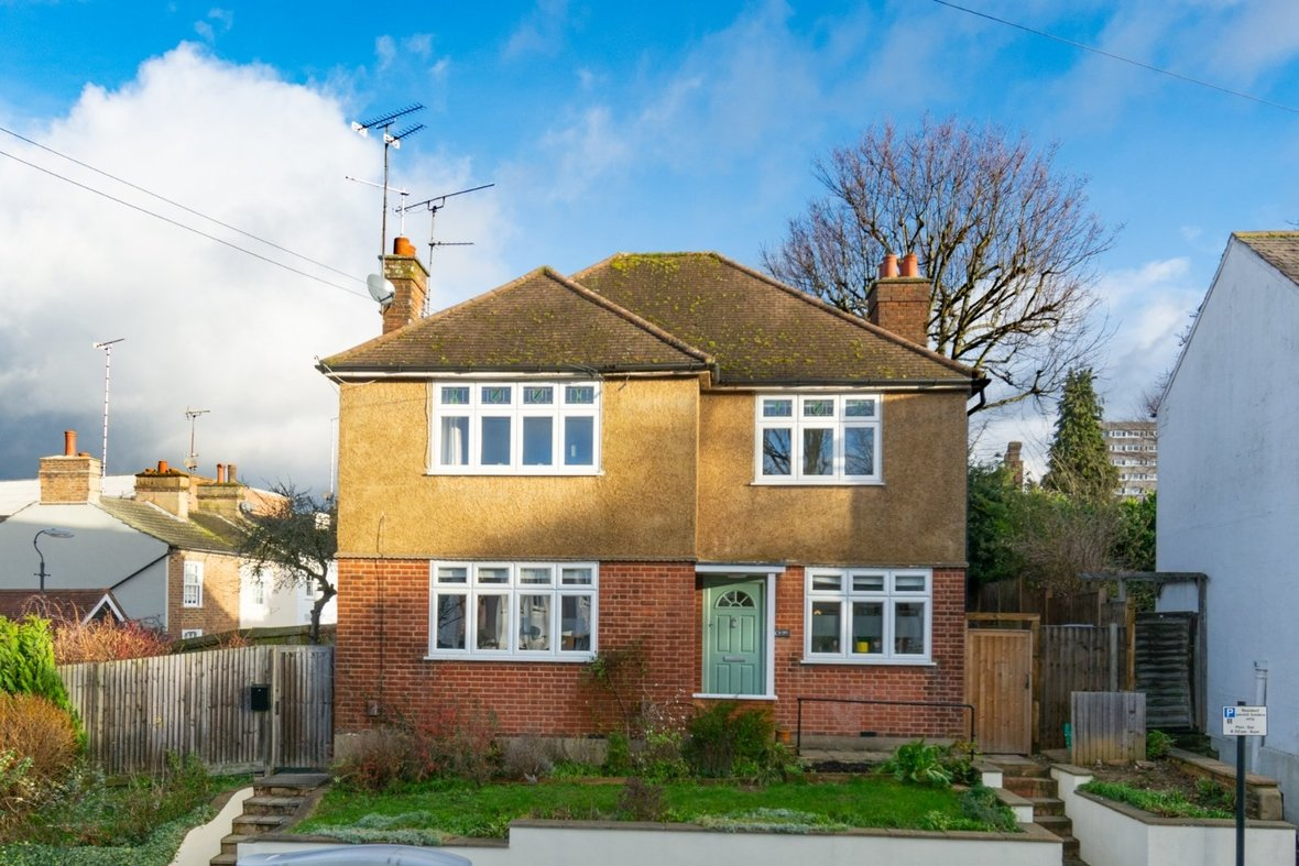 2 Bedroom Maisonette Sold Subject To Contract in Old London Road, St. Albans, Hertfordshire - View 1 - Collinson Hall