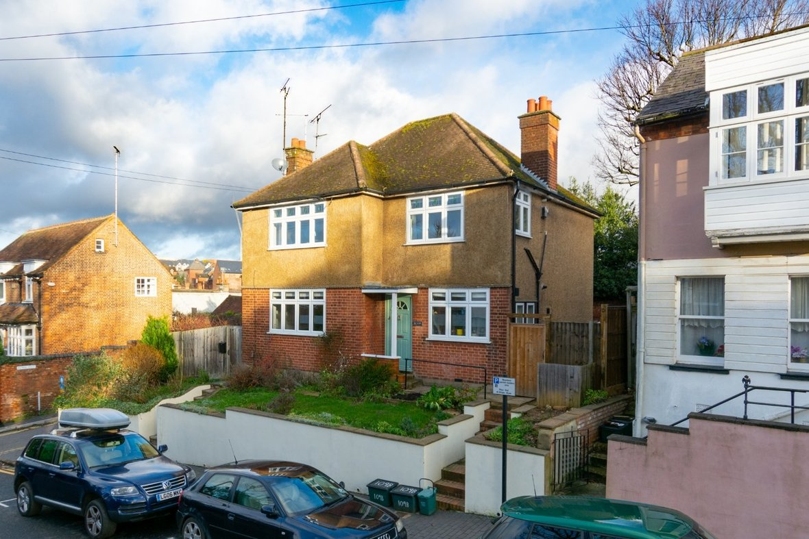 2 Bedroom Maisonette Sold Subject To Contract in Old London Road, St. Albans, Hertfordshire - View 19 - Collinson Hall