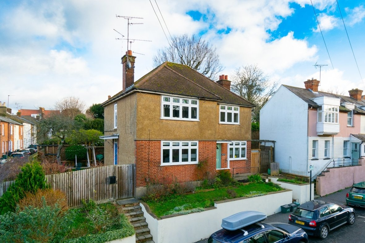 2 Bedroom Maisonette Sold Subject To Contract in Old London Road, St. Albans, Hertfordshire - View 20 - Collinson Hall