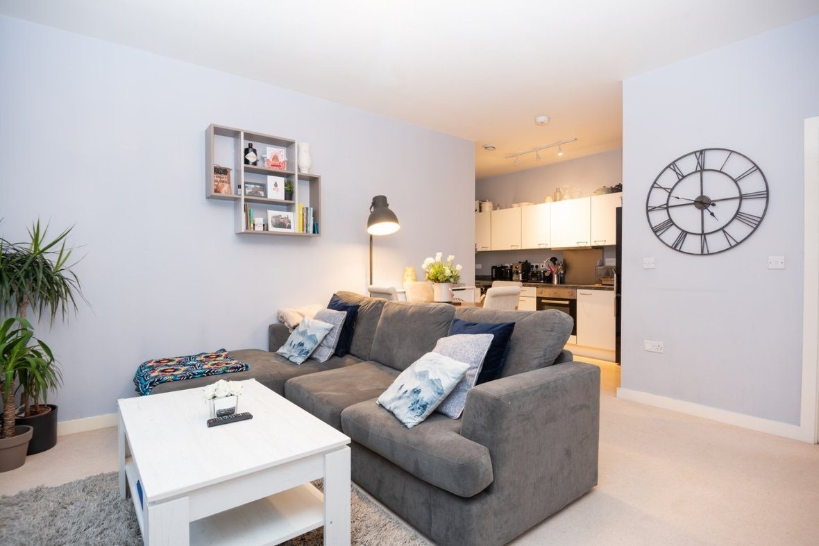 2 Bedroom Apartment New Instruction in Newsom Place, Hatfield Road, St. Albans - View 3 - Collinson Hall