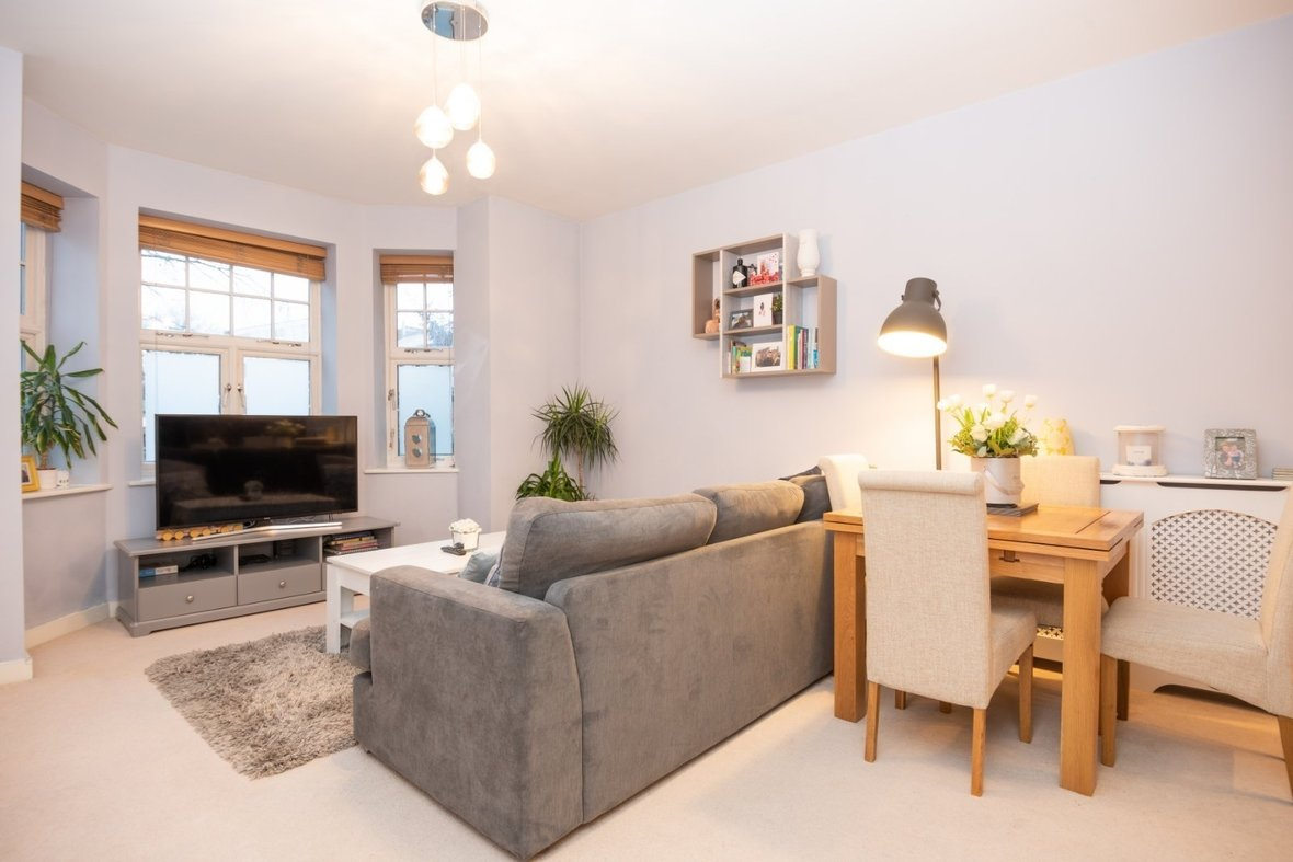2 Bedroom Apartment New Instruction in Newsom Place, Hatfield Road, St. Albans - View 1 - Collinson Hall