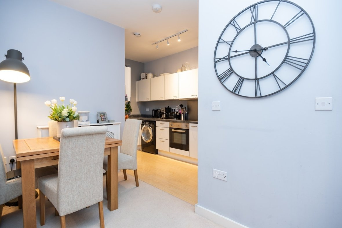 2 Bedroom Apartment New Instruction in Newsom Place, Hatfield Road, St. Albans - View 5 - Collinson Hall