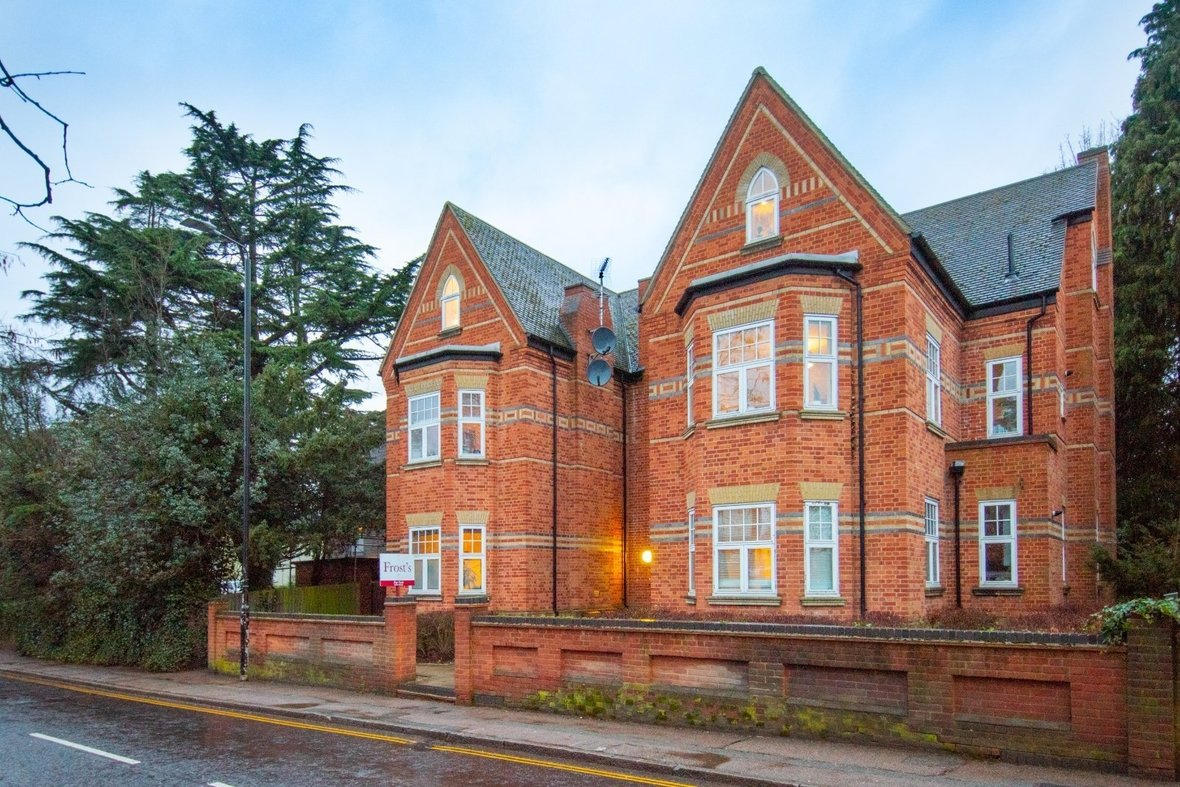 2 Bedroom Apartment New Instruction in Newsom Place, Hatfield Road, St. Albans - View 17 - Collinson Hall