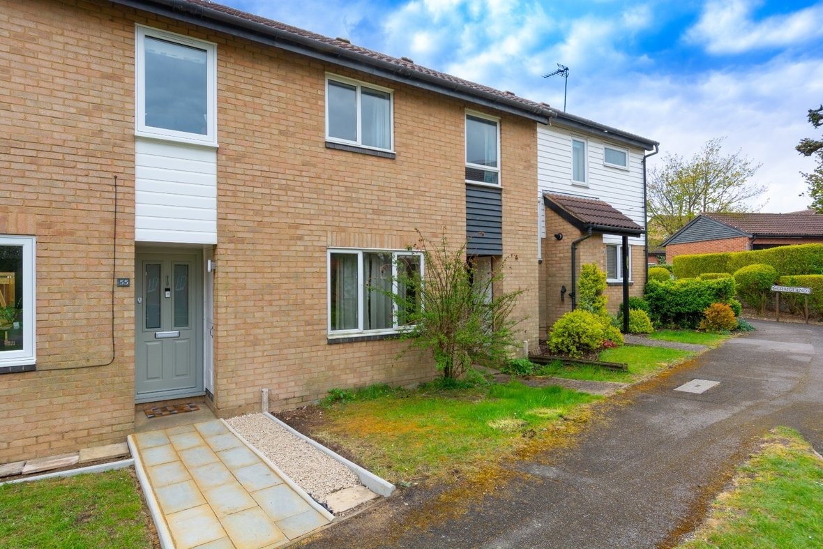3 Bedroom House Sold Subject To Contract in Richmond Walk, St. Albans - View 17 - Collinson Hall