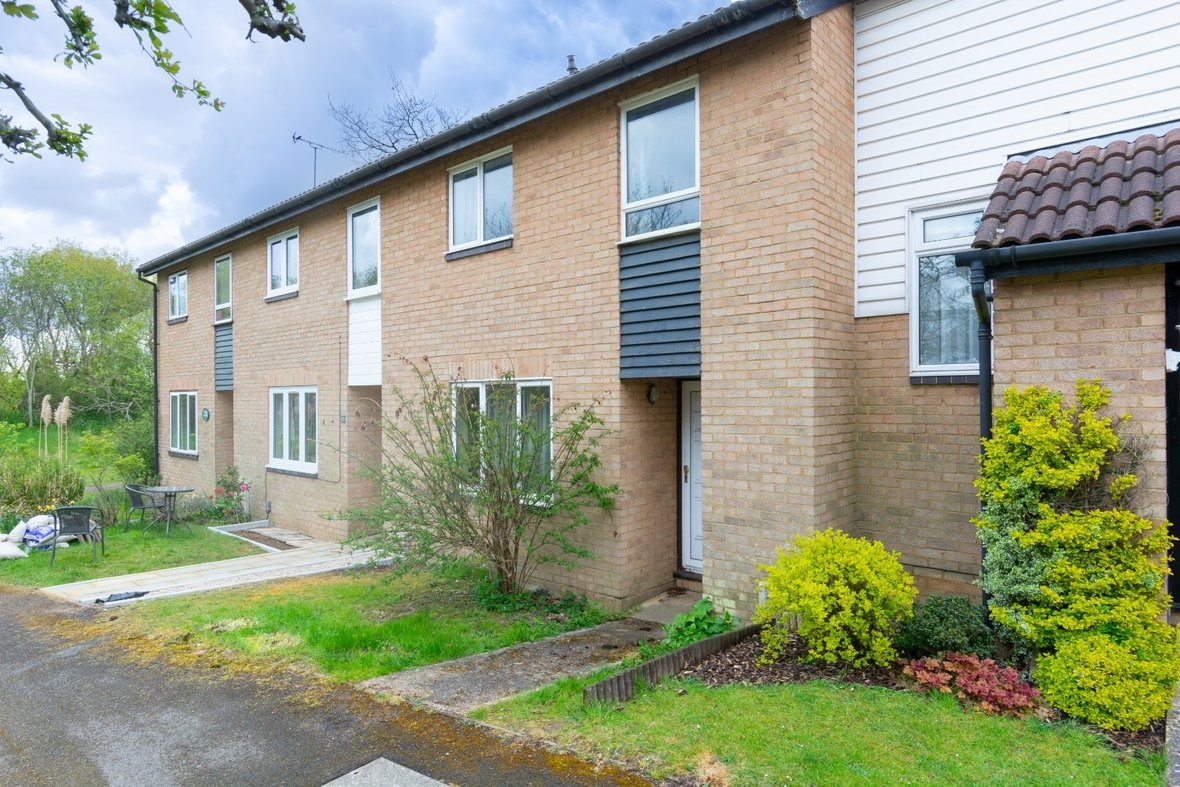 3 Bedroom House Sold Subject To Contract in Richmond Walk, St. Albans - View 13 - Collinson Hall