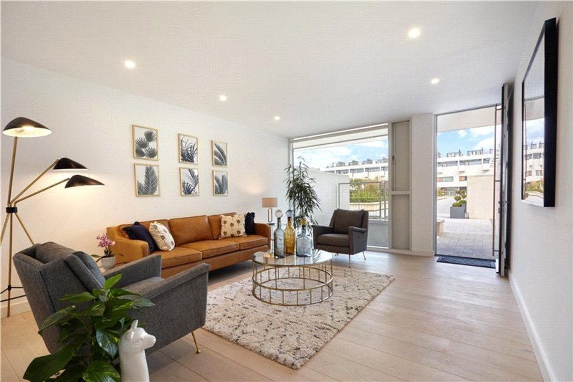 4 Bedroom House Reserved in Gabriel Square, St. Albans, Hertfordshire - View 6 - Collinson Hall