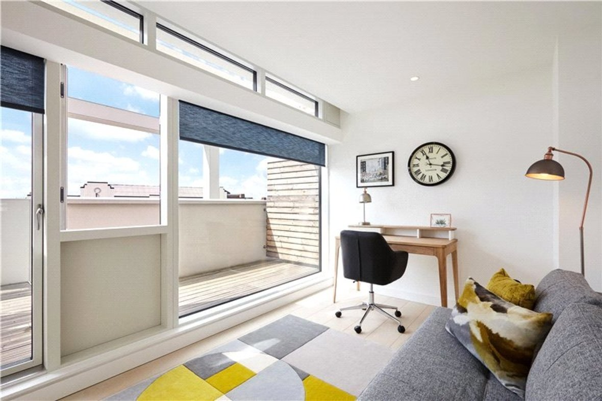 4 Bedroom House Reserved in Gabriel Square, St. Albans, Hertfordshire - View 11 - Collinson Hall