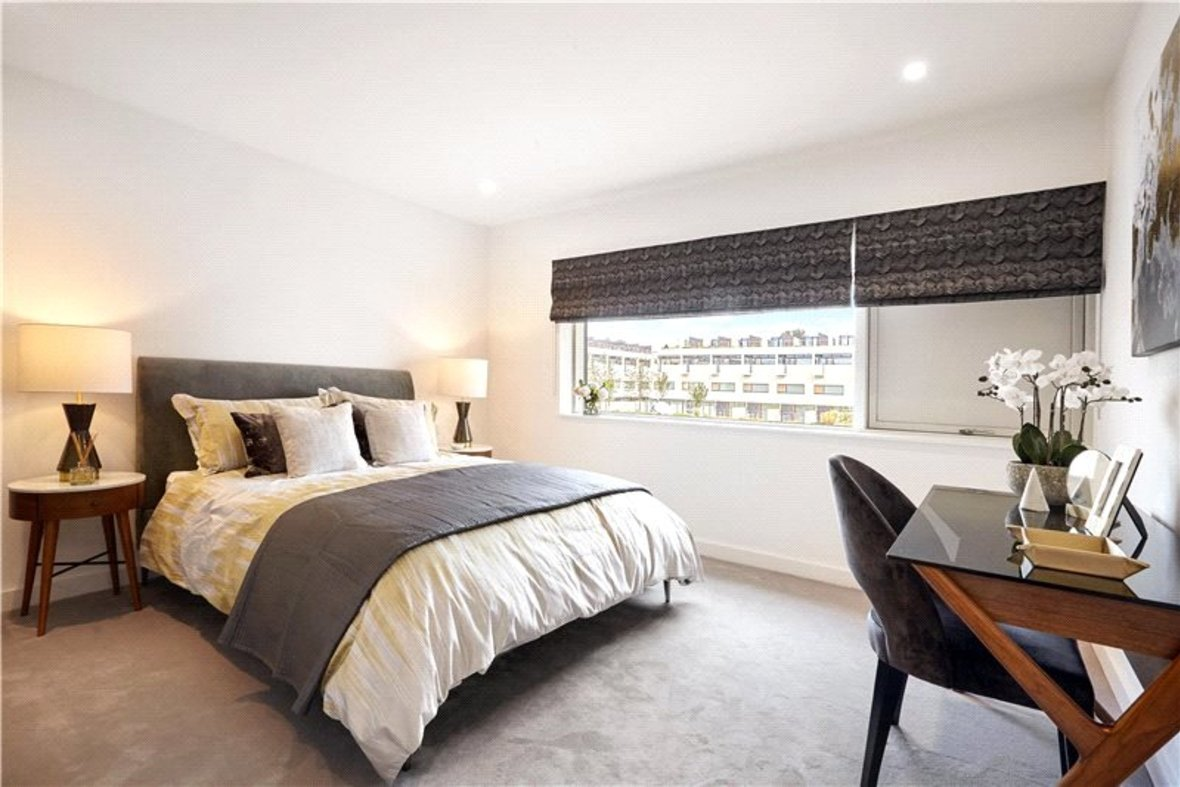 4 Bedroom House Reserved in Gabriel Square, St. Albans, Hertfordshire - View 9 - Collinson Hall