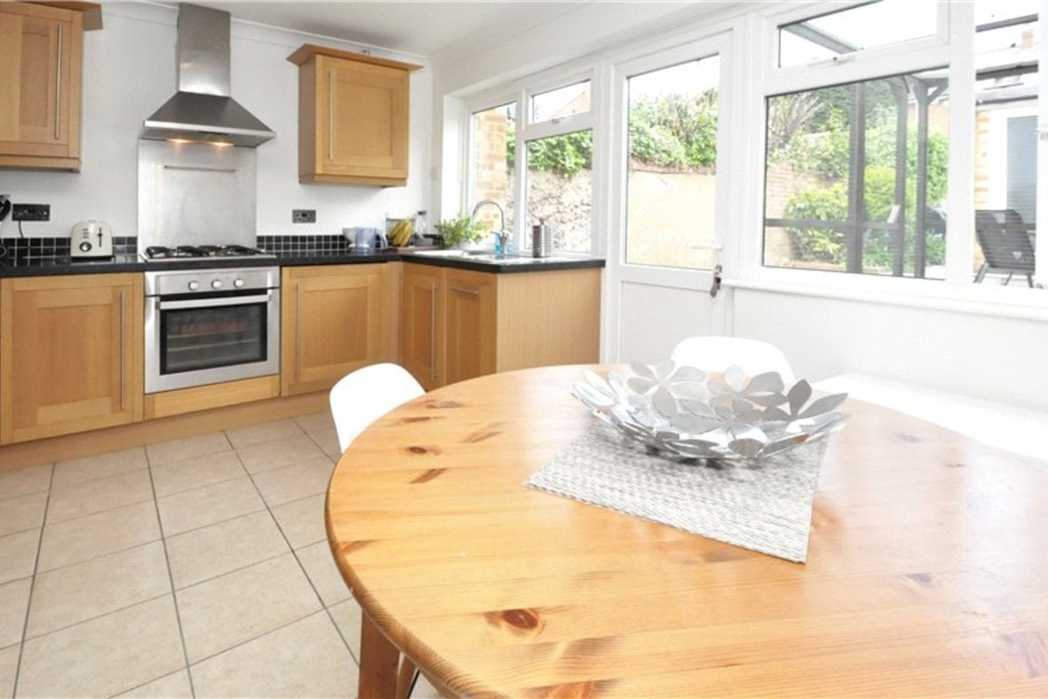 2 Bedroom House For Sale in Camp Road, St. Albans, Hertfordshire - View 2 - Collinson Hall