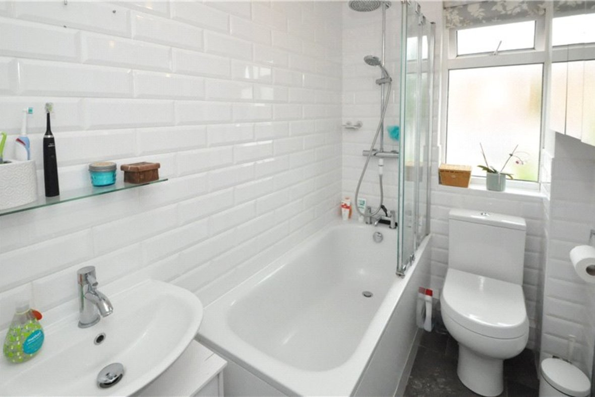 2 Bedroom House For Sale in Camp Road, St. Albans, Hertfordshire - View 8 - Collinson Hall