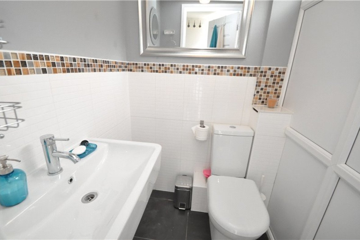 2 Bedroom House For Sale in Camp Road, St. Albans, Hertfordshire - View 11 - Collinson Hall