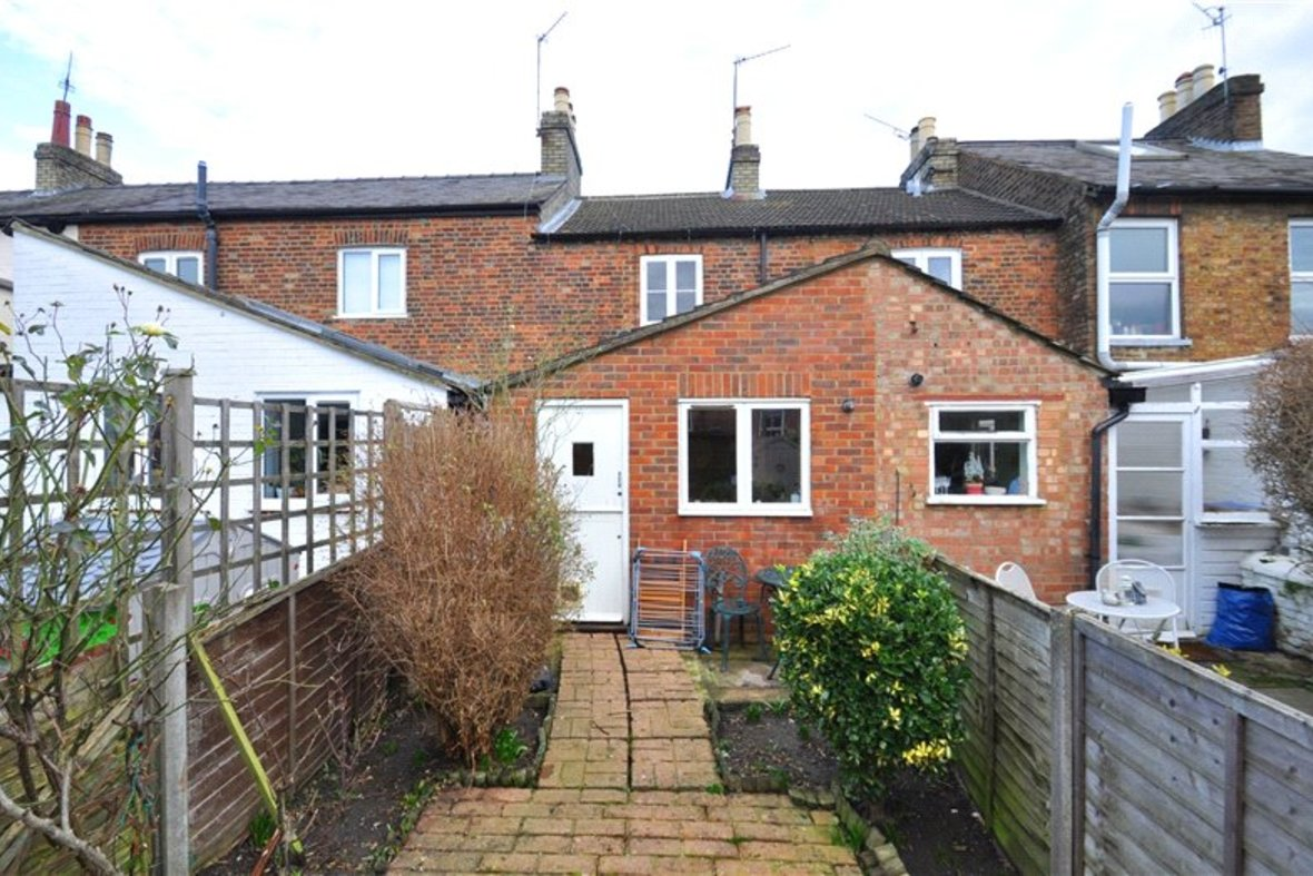 2 Bedrooms House Sold Subject To Contract in Alexandra Road, St. Albans, Hertfordshire - View 8 - Collinson Hall