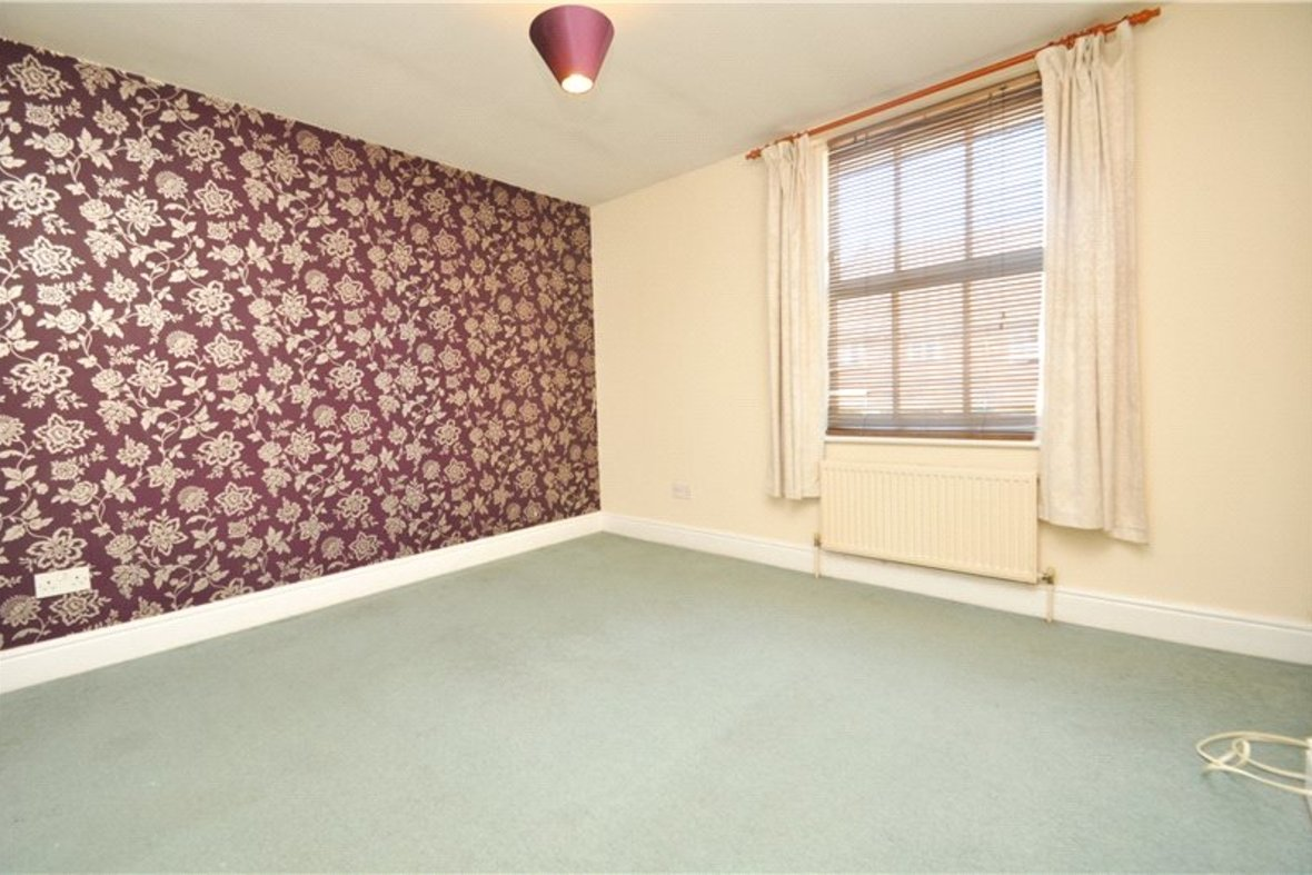 2 Bedrooms House For Sale in Grove Road, Harpenden, Hertfordshire - View 7 - Collinson Hall