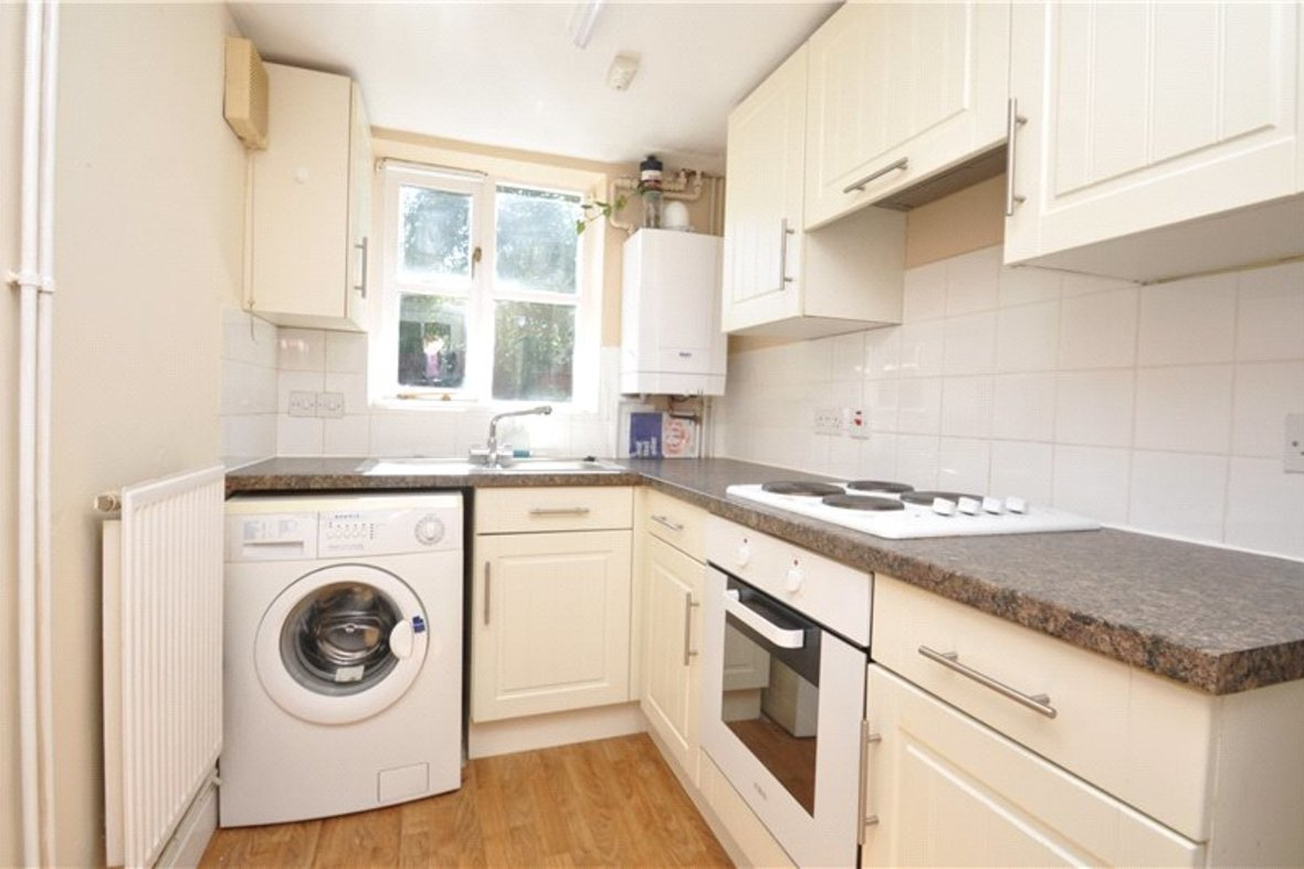 2 Bedrooms House For Sale in Grove Road, Harpenden, Hertfordshire - View 6 - Collinson Hall