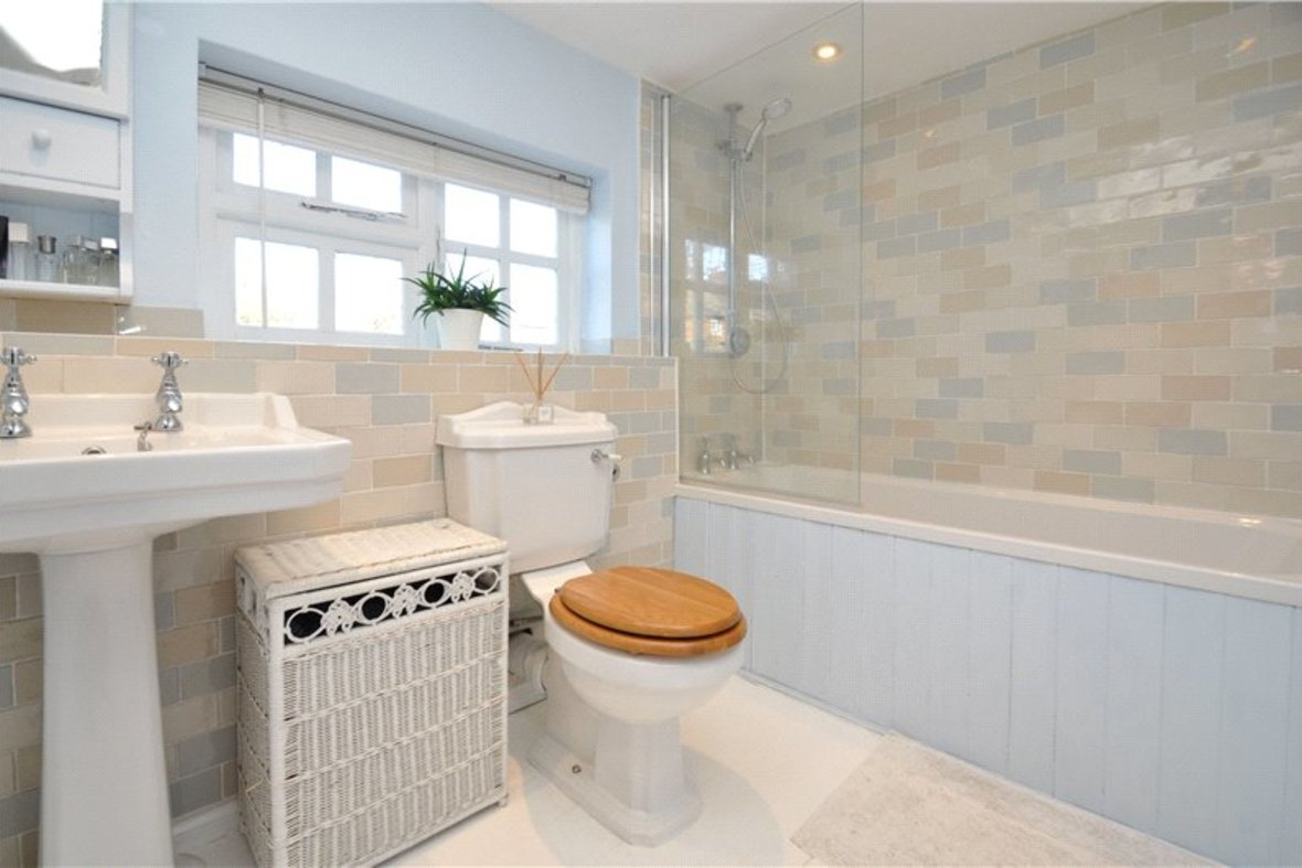 1 Bedroom House For Sale in Sopwell Lane, St. Albans, Hertfordshire - View 3 - Collinson Hall