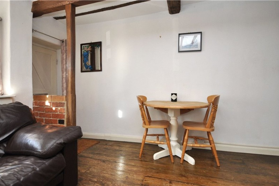 1 Bedroom House For Sale in Sopwell Lane, St. Albans, Hertfordshire - View 8 - Collinson Hall