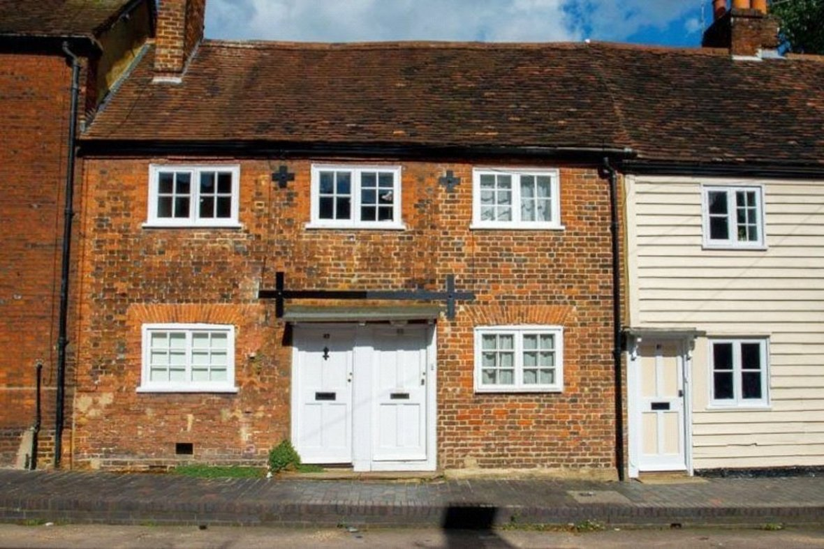 1 Bedroom House For Sale in Sopwell Lane, St. Albans, Hertfordshire - View 1 - Collinson Hall