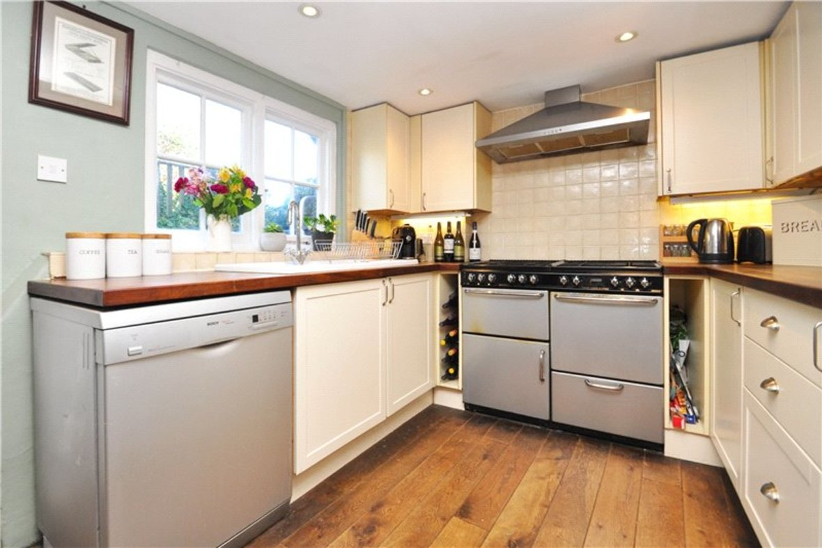 1 Bedroom House For Sale in Sopwell Lane, St. Albans, Hertfordshire - View 6 - Collinson Hall