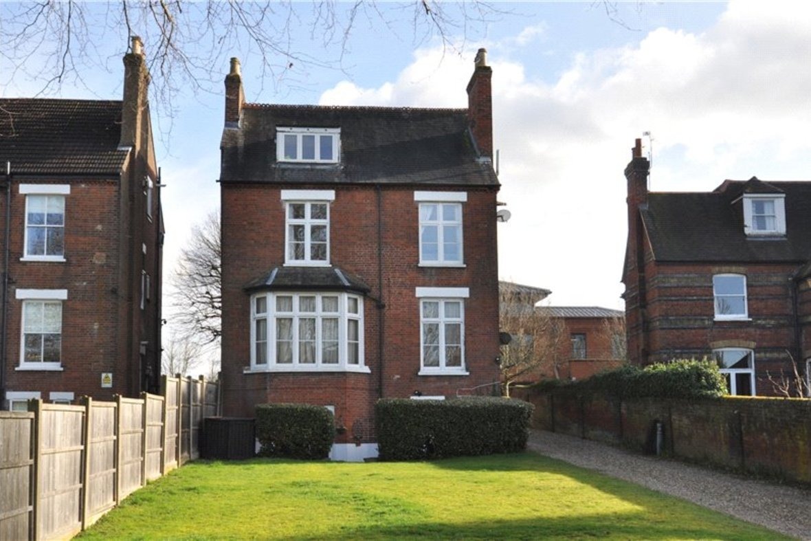 1 Bedroom Apartment Sold Subject To Contract in Beaconsfield Road, St. Albans, Hertfordshire - View 9 - Collinson Hall