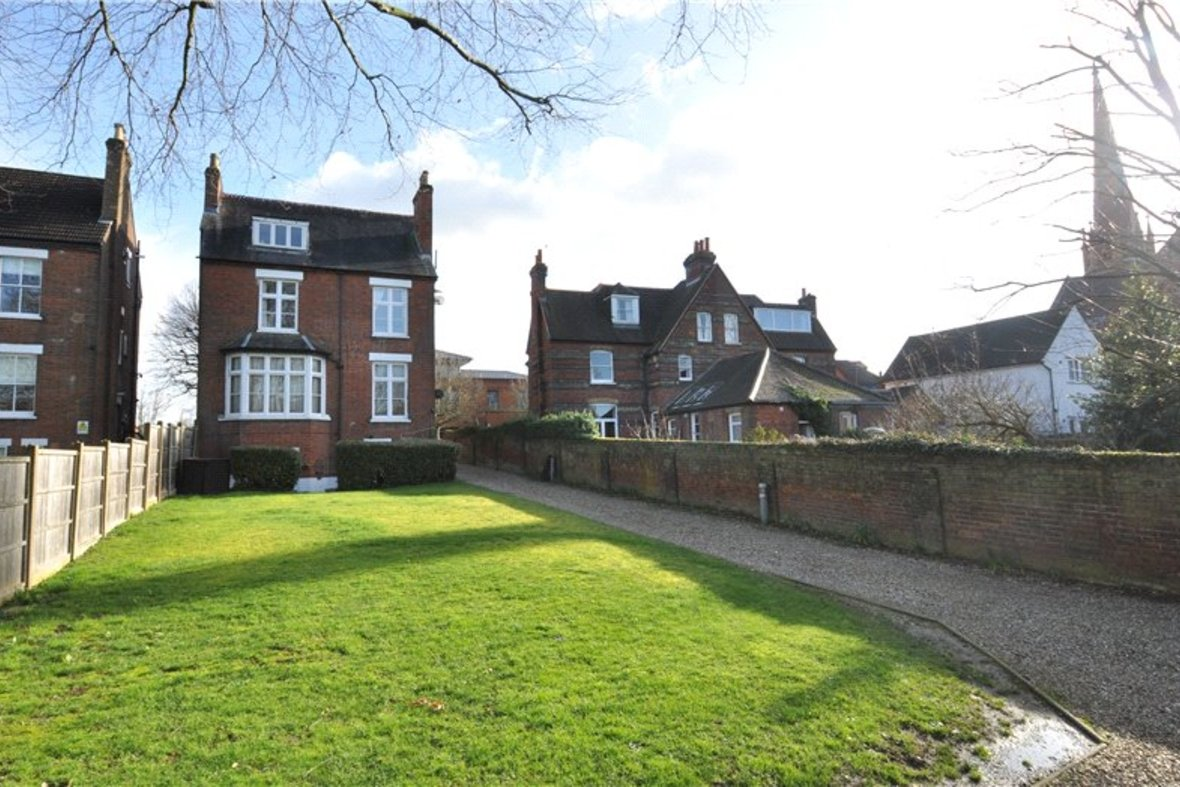 1 Bedroom Apartment Sold Subject To Contract in Beaconsfield Road, St. Albans, Hertfordshire - View 10 - Collinson Hall
