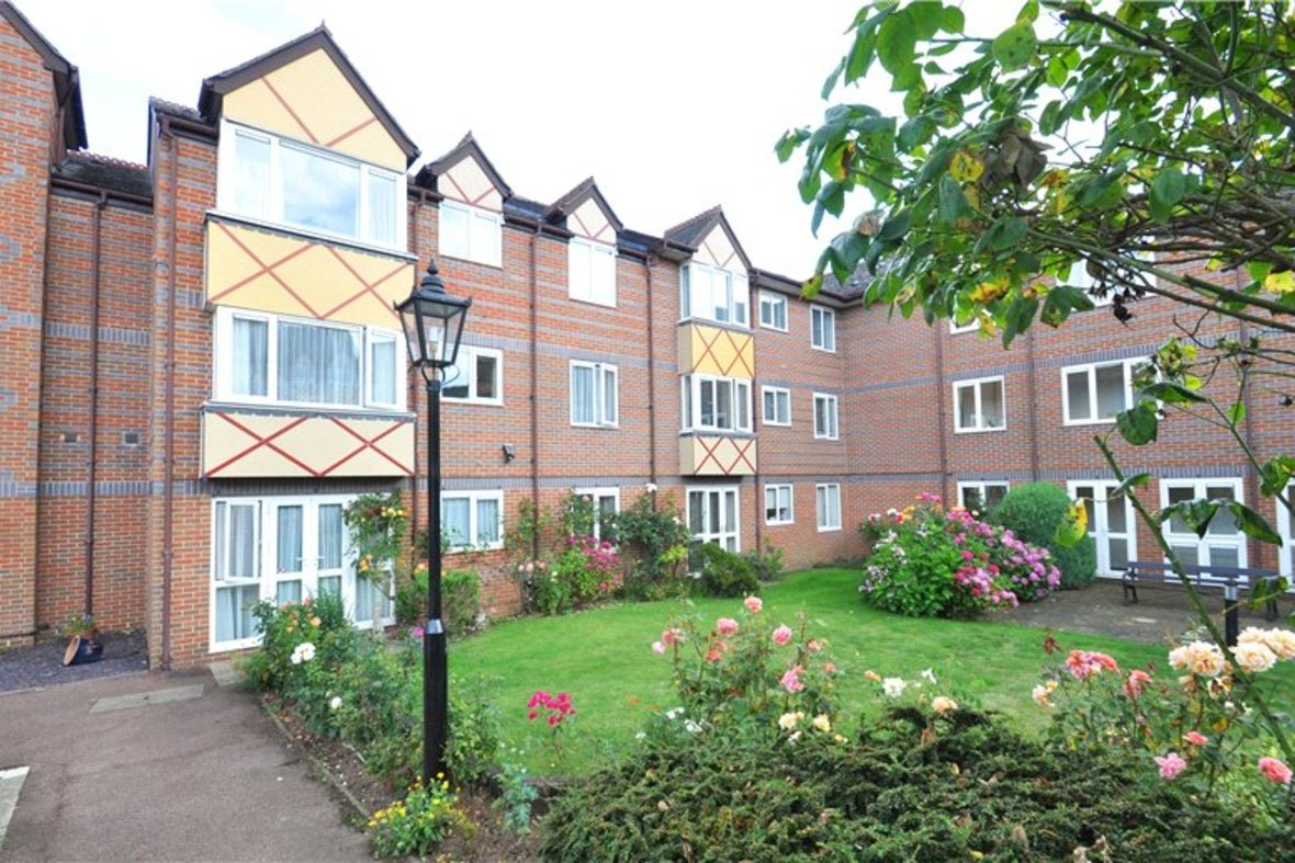 1 Bedroom Apartment For Sale in Davis Court, Marlborough Road, St. Albans, Hertfordshire - View 1 - Collinson Hall
