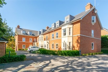 2 Bedroom Apartment For Sale in Aventine Court, 101 Holywell Hill - Collinson Hall